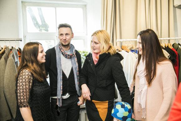 Viganto Ovadnevo/Žmonės.lt nuotr./Parduotuvės atidarymo akimirka