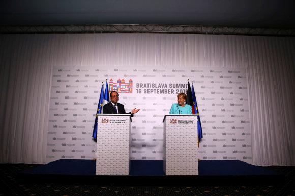 """Reuters""/""Scanpix"" nuotr./Francois Hollande'as ir Angela Merkel"