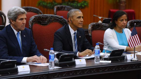 "AFP/""Scanpix"" nuotr./Johnas Kerry, Barackas Obama ir Susan Rice"