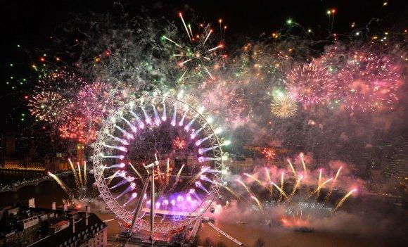 """""""Reuters""""/""""Scanpix"""" nuotr./Naujieji metai Londone"""