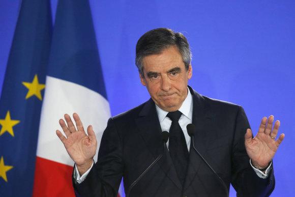 """""""Scanpix""""/AP nuotr./F.Fillonas pripažino pralaimėjimą"""