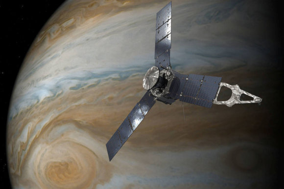 """Reuters""/""Scanpix"" nuotr./""Juno"" virš Jupiterio (iliustracija)"