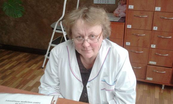 L. Sėlenienės nuotr./Juknaičių bendruomenės slaugytoja Lena Šaulienė