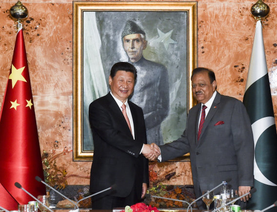 """""""Scanpix""""/AP nuotr./Kinijos ir Pakistano prezidentai Islamabade"""