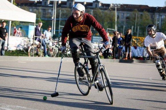 """Festivalio """"Galapagai"""" nuotr./""""Bike Polo"""" dviračių futbolo varžybos"""