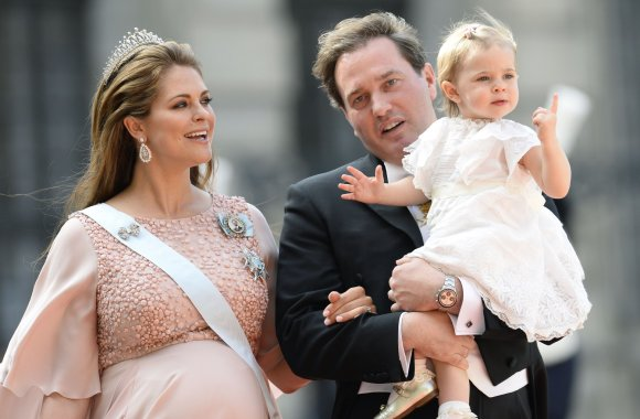 """""""Scanpix"""" nuotr./Švedijos princesė Madeleine, Christopheris ONeillas ir mažoji Loenore"""