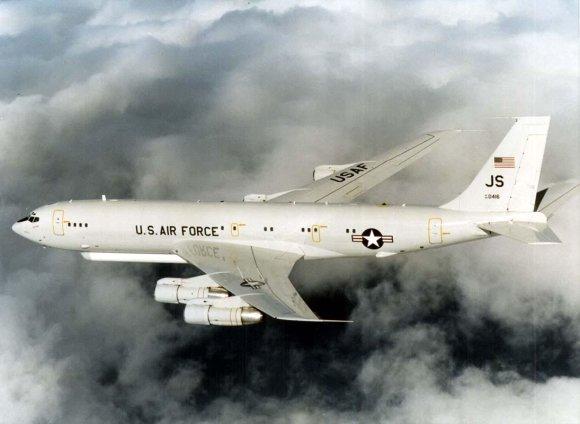 """""""Wikipedia"""" nuotr./Valdymo ir kontrolės lėktuvas """"E-8 Joint STARS"""""""