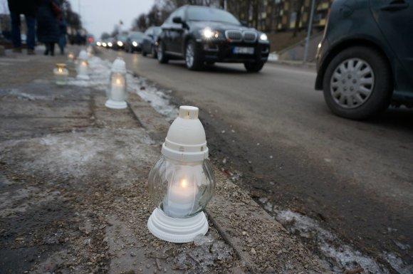 Vilijos Mockuvienės/Muge.eu nuotr./Automobilis su užmušto keturmečio palaikais pravažiavo pagrindinę Kėdainių gatvę
