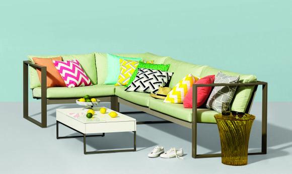 """""""Kirkby Design"""" nuotr./Pagalvėlės pagyvina namų interjerą"""