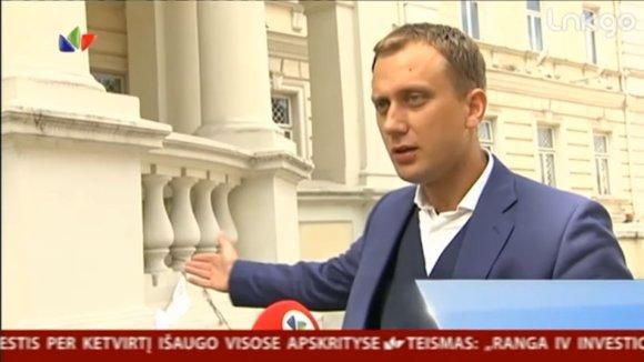 Stopkadras iš LNK televizijos žinių/Laimonas Jakas pastaruoju metu garsėja kritika Krašto apsaugos ministerijai