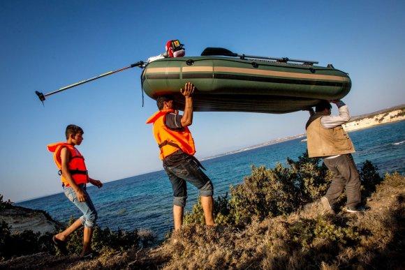 Vidmanto Balkūno/15min.lt nuotr./Mahometo iš Afganistano šeima bando išplaukti į Graikijos salą