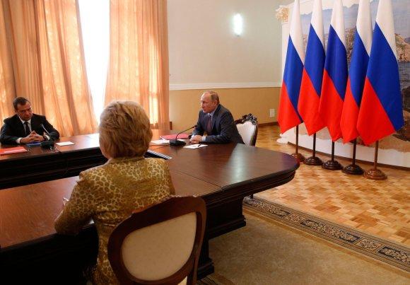 """""""Scanpix""""/""""Sputnik"""" nuotr./Rusijos prezidentas Vladimiras Putinas atvyko į aneksuotą Krymą"""