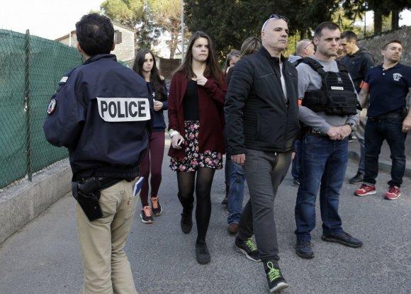 """""""Scanpix""""/AP nuotr./Šaudynės Prancūzijos mokykloje"""