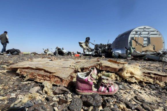 """""""Reuters""""/""""Scanpix"""" nuotr./2015 m. spalio 31 diena. Susprogdintas Rusijos keleivinis lėktuvas virš Sinajaus pusiasalio"""