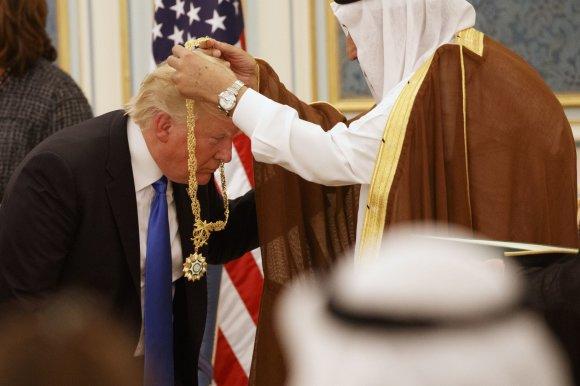 """""""Scanpix""""/AP nuotr./Donaldo Trumpo kelionė į Saudo Arabiją"""