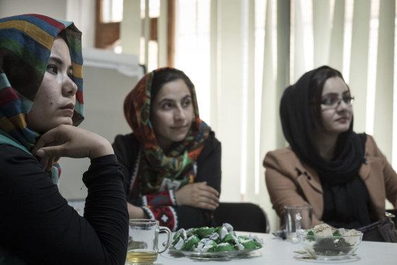 Joël van Houdt nuotr./Vietinės žurnalistės iš Kabulo nuolatos susiduria su priešprieša