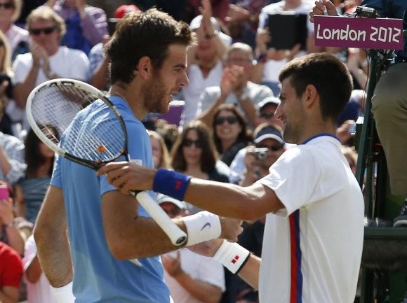 """""""Scanpix"""" nuotr./Novakas Džokovičius ir Juanas Martinas del Potro"""