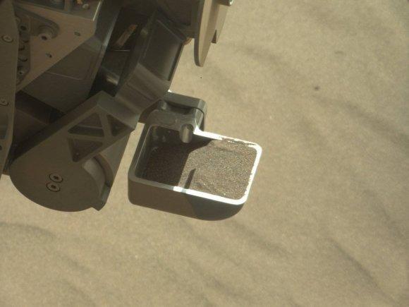 "NASA/Curiosity nuotr./""Curiosity"" nufotografavo Marso kopas"