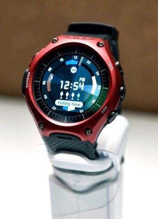 "Scanpix nuotr./Išmanusis ""Casio"" laikrodis ""WSD-F10 Smart Outdoor Watch"""