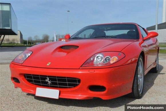 """pistonheads.com nuotr./""""Ferrari 575 SuperAmerica"""""""