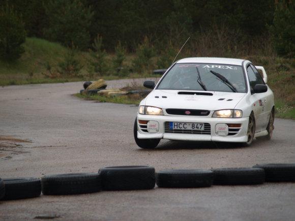 Daumanto Pociaus ir Alytaus autoklubo archyvo nuotr./Slalomo varžybos