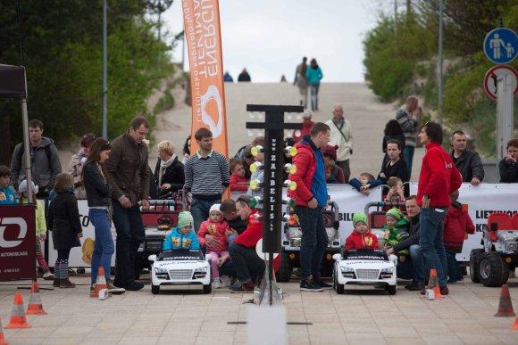 Algirdo Venskaus nuotr./Vaikų lenktynės