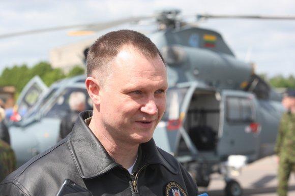 """Alvydo Januševičiaus nuotr./Audronis Navickas. Visuomenei pristatytas sraigtasparnis """"Dauphin"""""""