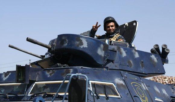 """AFP/""""Scanpix"""" nuotr./Irako pajėgos atnaujino Mosulo senamiesčio puolimą"""