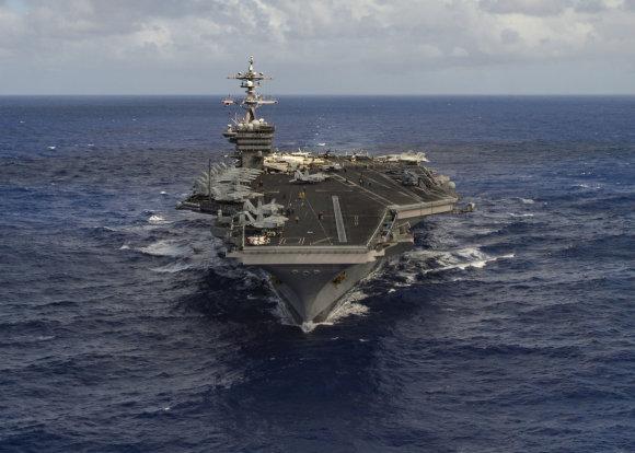 """""""Reuters""""/""""Scanpix"""" nuotr./JAV lėktuvnešis """"USS Carl Vinson"""""""