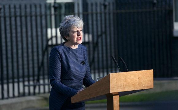 """Scanpix""/""PA Wire""/""Press Association Images"" nuotr./Theresa May skelbia pirmalaikius rinkimus"