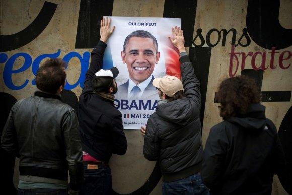 """AFP/""""Scanpix"""" nuotr./Kai kurie prancūzai prieš rinkimus juokais iškėlė Baracko Obamos kandidatūrą"""