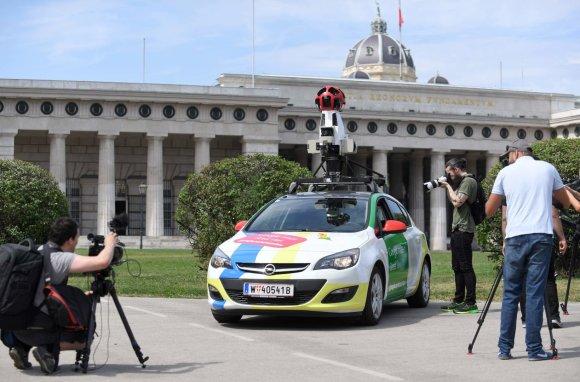 """AFP/""""Scanpix"""" nuotr./""""Google Street View"""" automobilis Vienoje"""