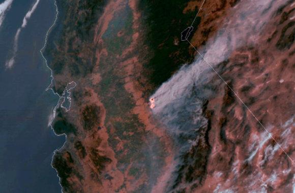 """""""Scanpix""""/AP nuotr./Kalifornijos ugniagesiams pavyko pristabdyti gaisrus netoli Josemičio nacionalinio parko"""