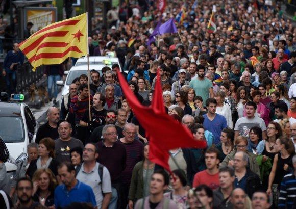 """AFP/""""Scanpix"""" nuotr./Baskų krašte surengta katalonų palaikymo akcija"""
