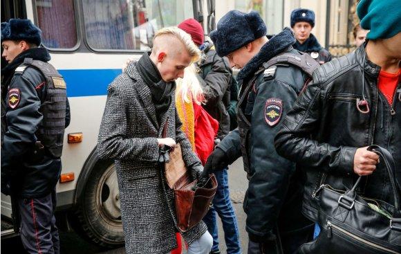 """AFP/""""Scanpix"""" nuotr./Maskvoje per protestą prieš Putiną sulaikyta apie 200 žmonių"""