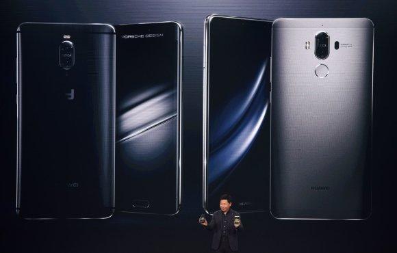 "AFP/""Scanpix"" nuotr./""Huawei Mate 9"" pristatymas"