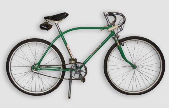 """Šiaulių """"Aušros"""" muziejaus nuotr./Vyriškas dviratis """"Ereliukas-8"""", 1984 m."""