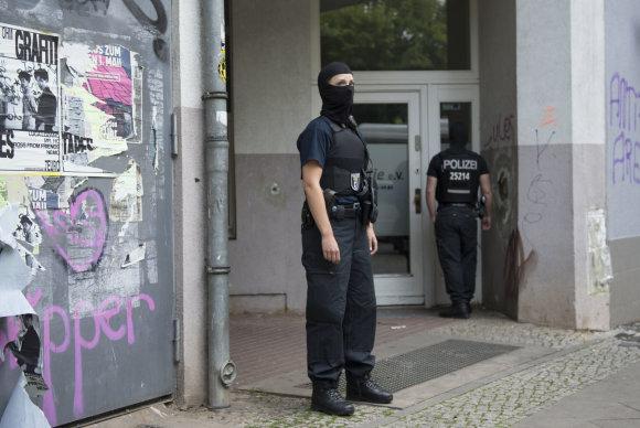 """""""Scanpix""""/AP nuotr./Vokietijos policija ieškodama pavogtos 100 kg auksinės monetos surengė kelis reidus"""