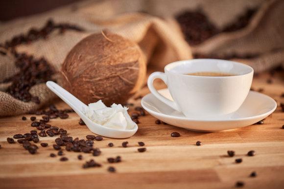 123RF.com nuotr./Kava ir kokosų aliejus