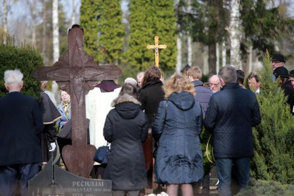 Aliaus Koroliovo/15min nuotr./Anupraičių šeimos laidotuvės