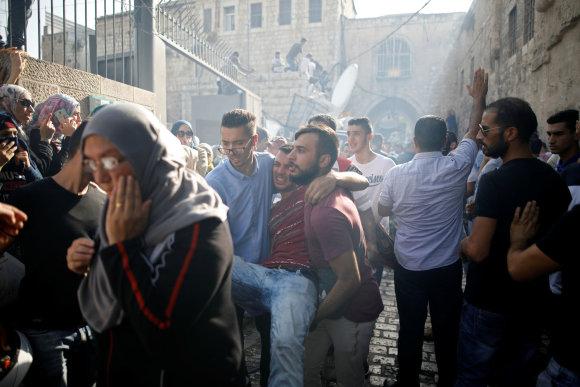 """""""Scanpix"""" nuotr./ Susirėmimas tarp Izraelio policininkų ir palestiniečių Jeruzalėje"""
