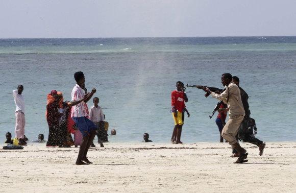 """""""Reuters""""/""""Scanpix"""" nuotr./Lido paplūdimys Somalyje"""