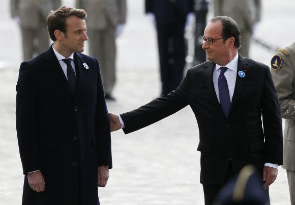 """""""Scanpix""""/AP nuotr./E.Macronas ir F.Hollande'as"""