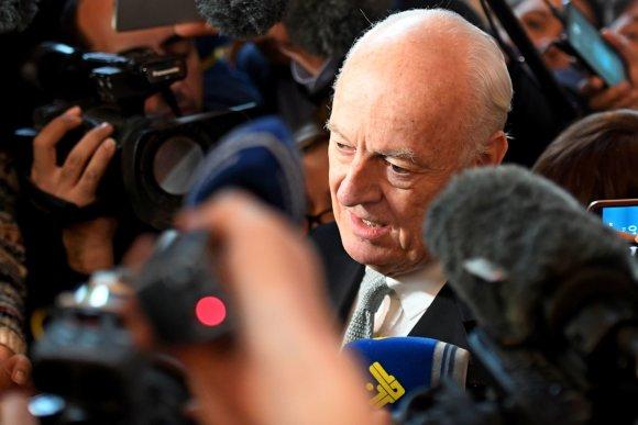 """AFP/""""Scanpix"""" nuotr./JT pasiuntinys Staffanas de Mistura."""