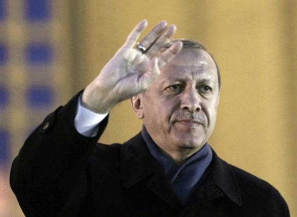 """""""Scanpix""""/AP nuotr./R.T.Erdoganas Vakarams sako nesikišti į Turkijos reikalus"""