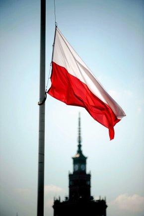 """""""Reuters""""/""""Scanpix"""" nuotr./Lenkijos vėliava"""