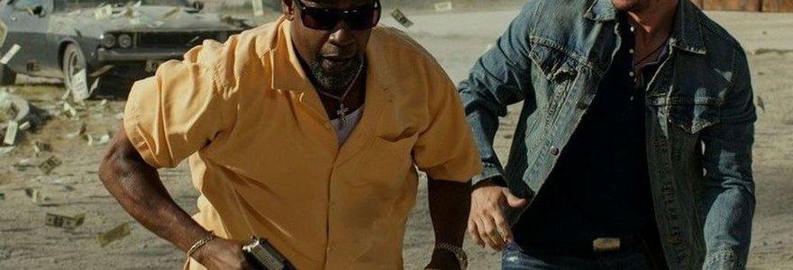 """Denzelis Washingtonas ir Markas Wahlbergas filme """"2 ginklai"""" priversti gelbėtis nuo mafijos ir teisėsaugos"""