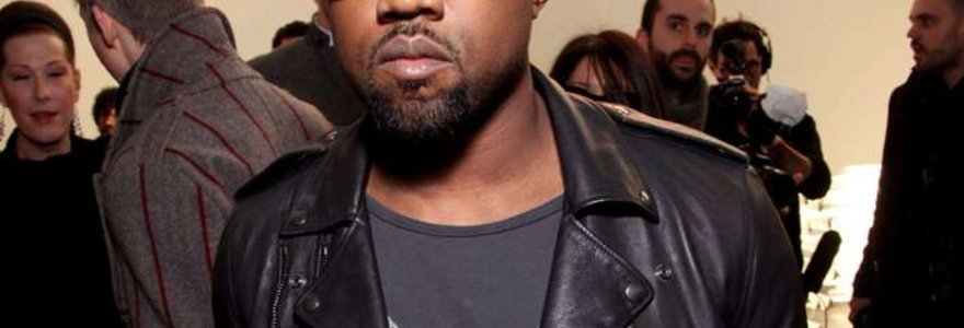 Naujajame Kanye Westo klipe – viliokė Rihanna (video)