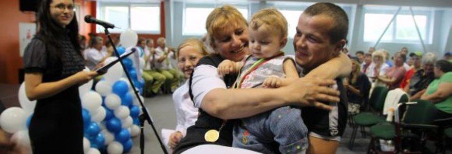 Neįgaliųjų sporto šventės vėliava vėl iškeliavo į Karmėlavą