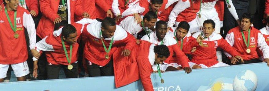"""Peru futbolininkai – """"Copa America"""" bronzos medalių savininkai"""
